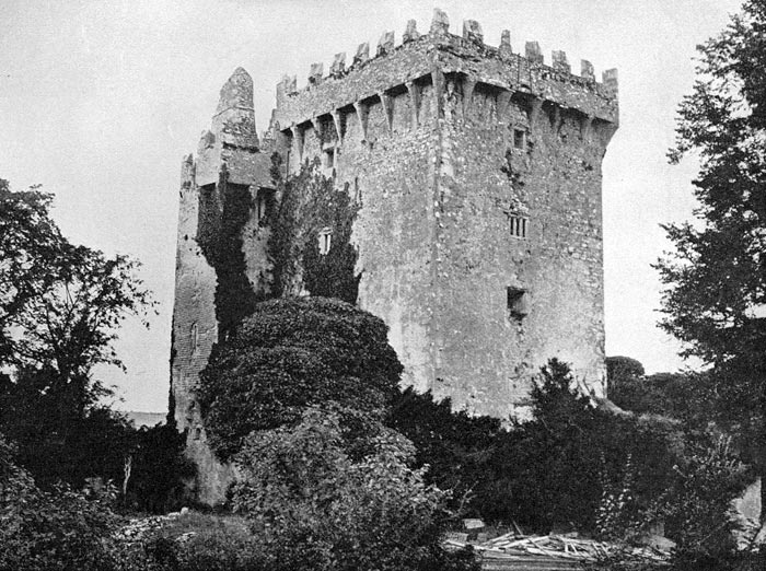 Vacations to Ireland - Blarney Castle