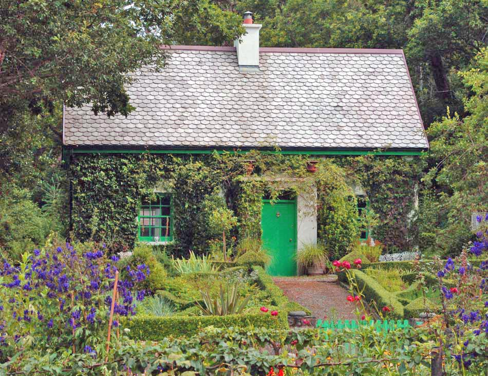 Irish Cottage - Travel